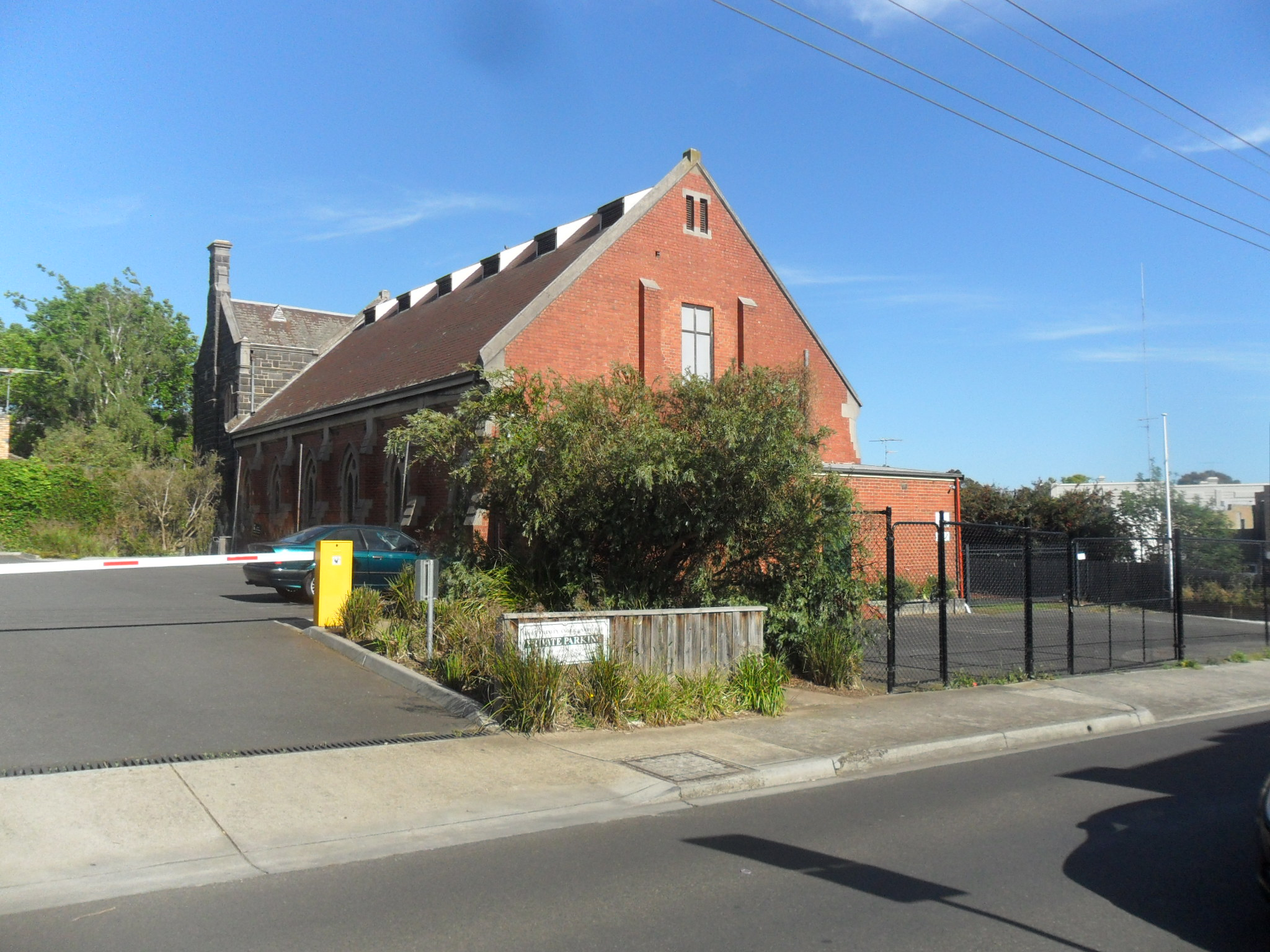 Kew Parish Hall_Parking